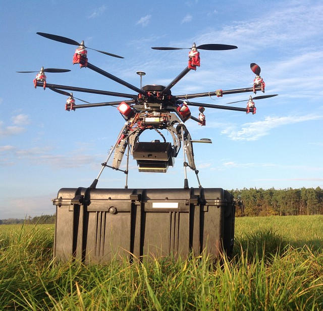 Dron helps to monitor forests